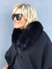 Bilde av LISANNE WOOL FOX FUR BLACK *