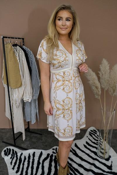 Bilde av Below The Knee Dress